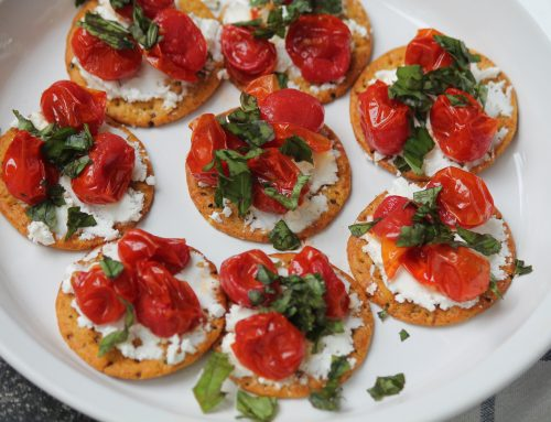 Crackers with Roasted Tomatoes and Goat Cheese